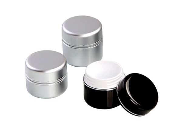 empty packaging jar for skincare products