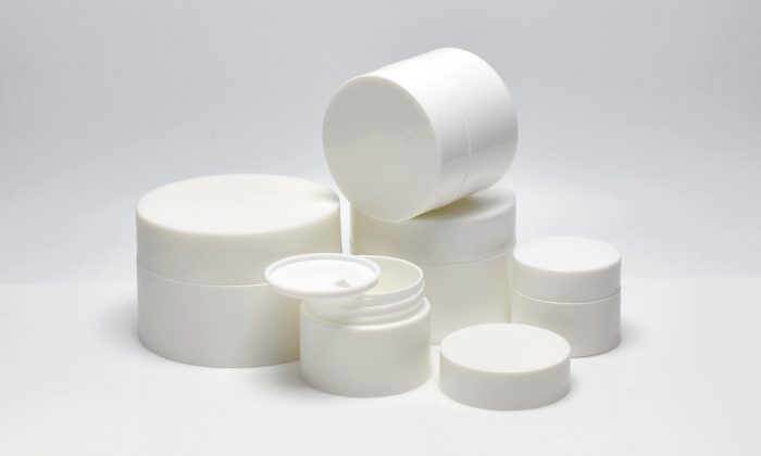 cylinderic plastic cosmetic jars for body cream, facial mask