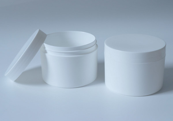 empty cosmetic packaging container
