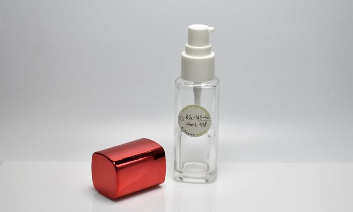 glass cosmetic bottles with lotion pump for facial products