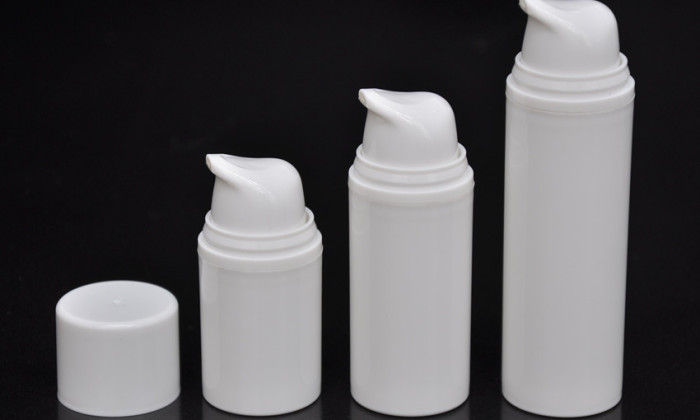 plastic liquid foundation container
