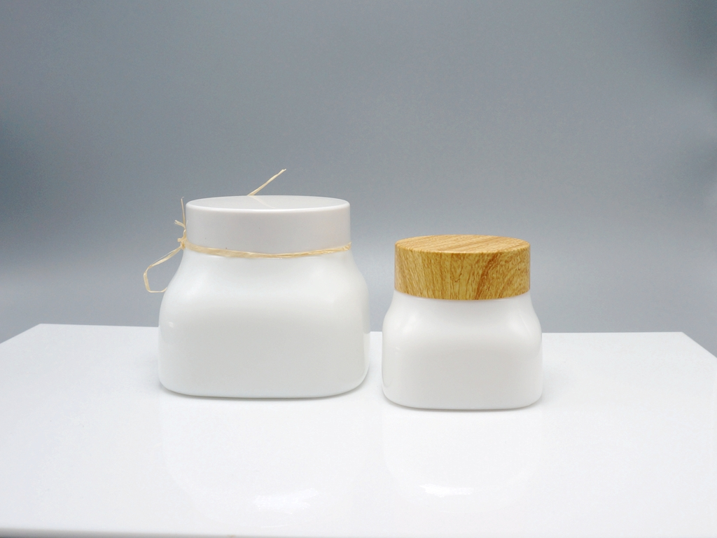 Opaque White Glass Cosmetic Containers Rayuen Packaging